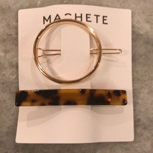 Machete hair clips